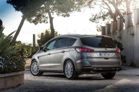 Ford S-Max Static 02
