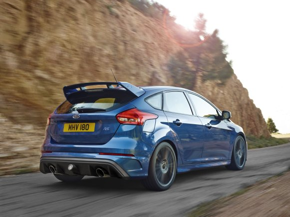 2016 Ford Focus RS (10)