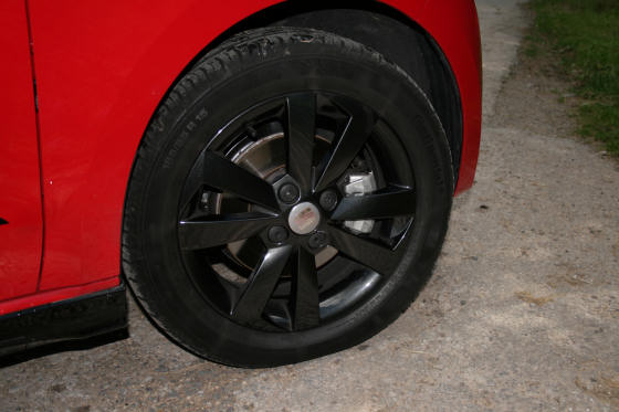 SEAT Mii Vibora Negra Wheel