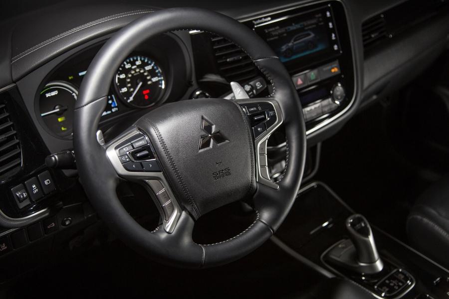 2019 Mitsubishi Outlander PHEV: Efficiency Meets the Real World