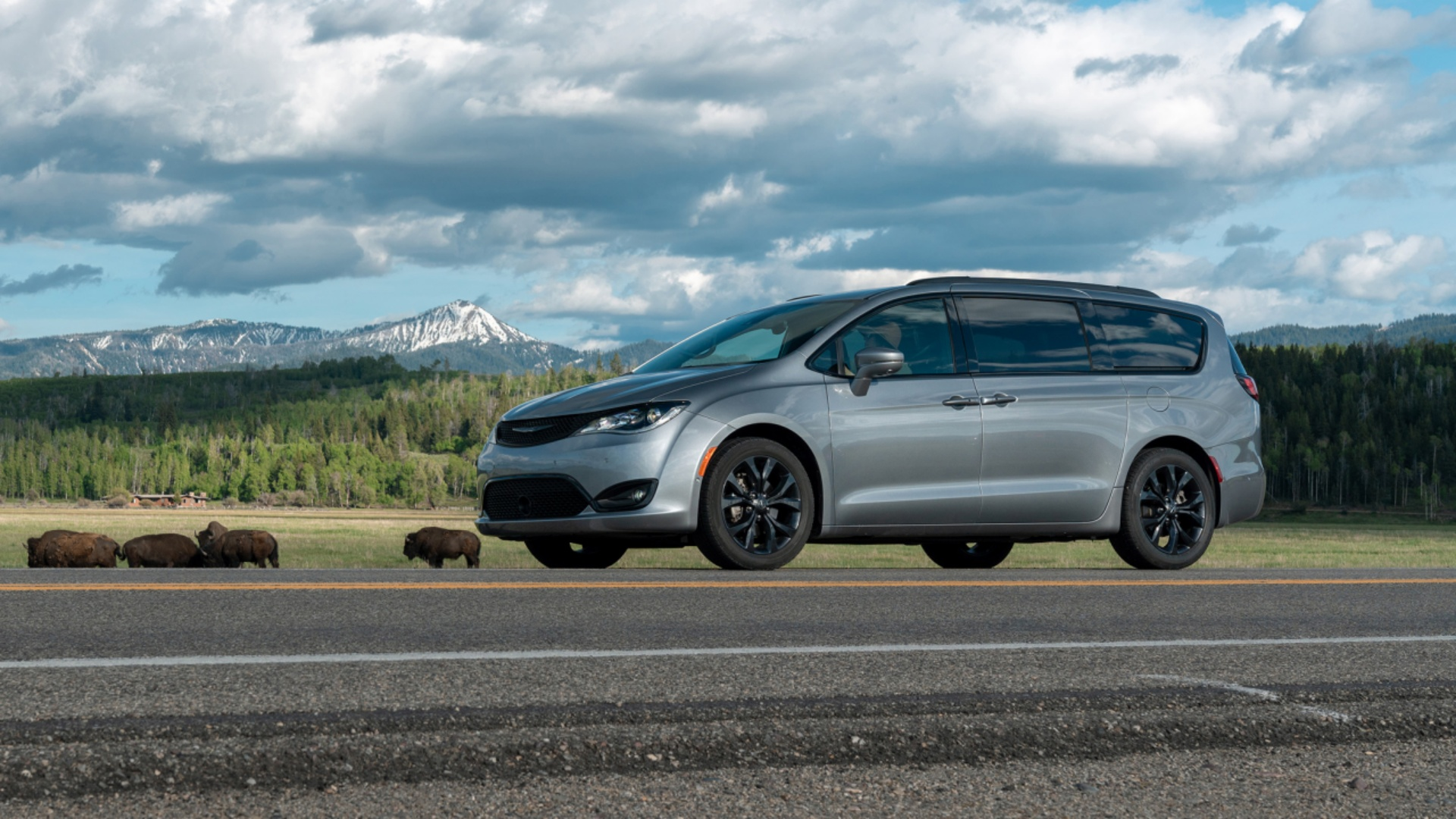 All-New 2020 Chrysler Voyager Joins Pacifica Minivans ...