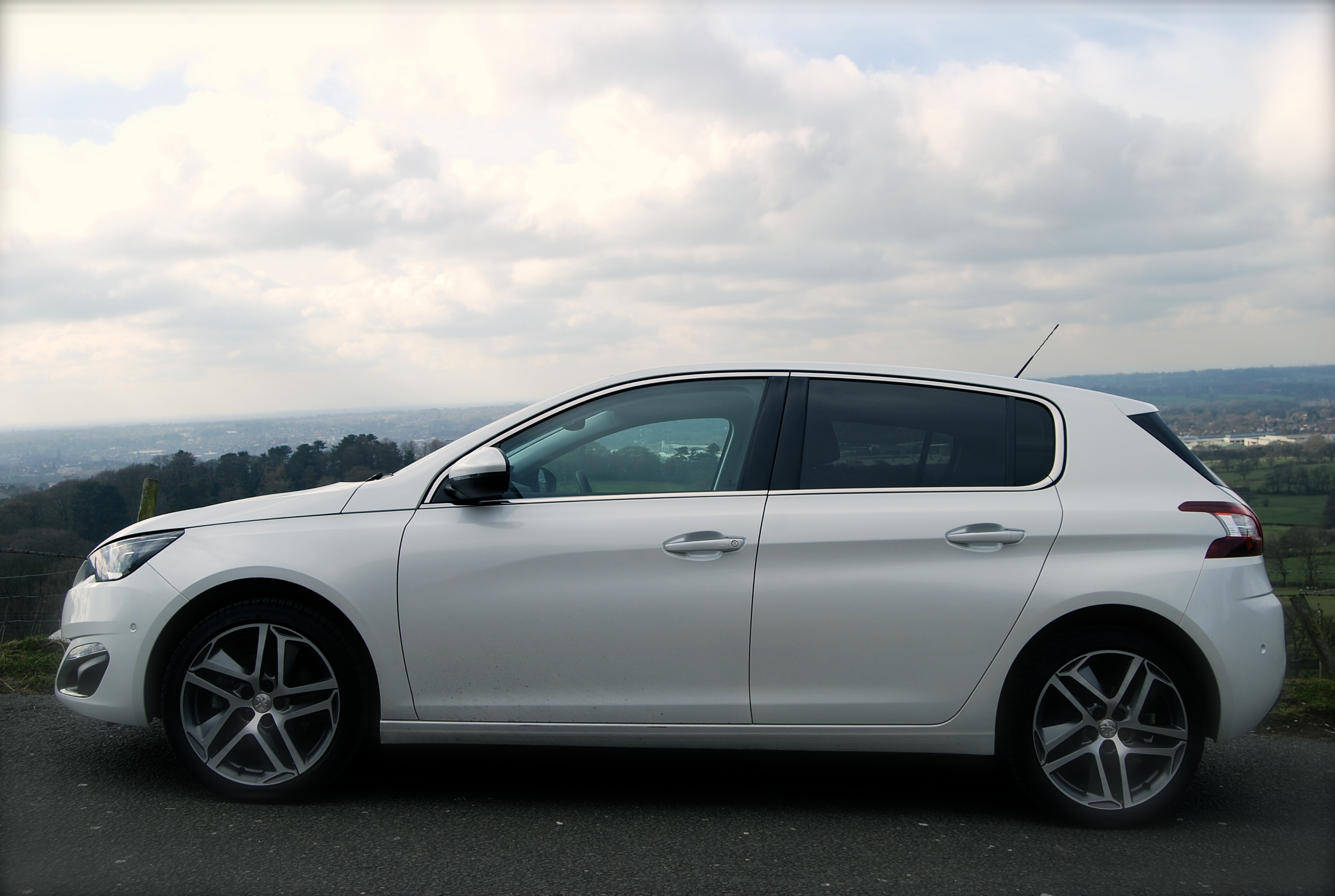 Peugeot 308 Thp 156 Review
