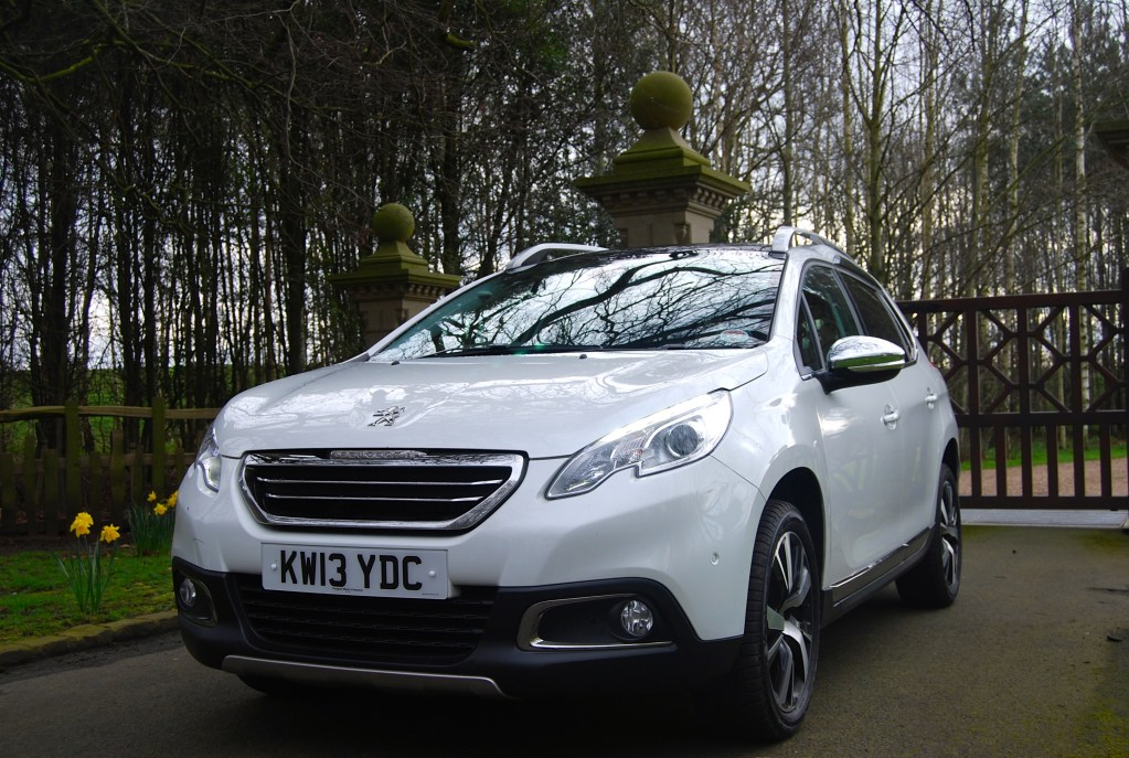 Peugeot 2008 1.6 e-HDi 115 Feline – Driven and Reviewed