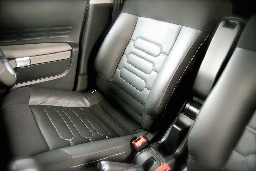 citroen_c4_cactus_front_seat