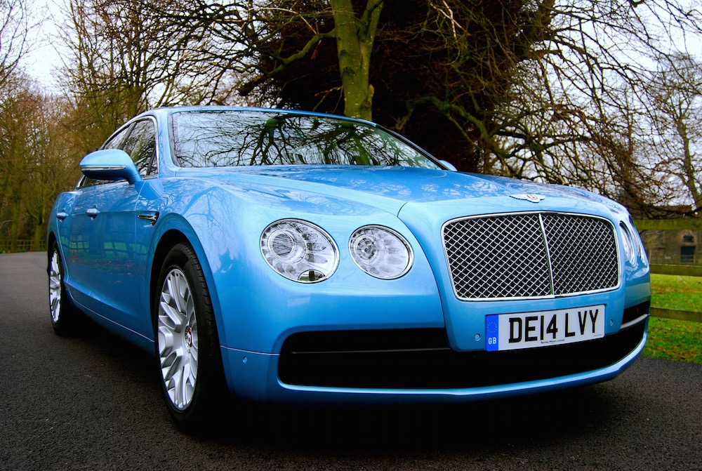 bentley_flying_spur_v8_front_blue