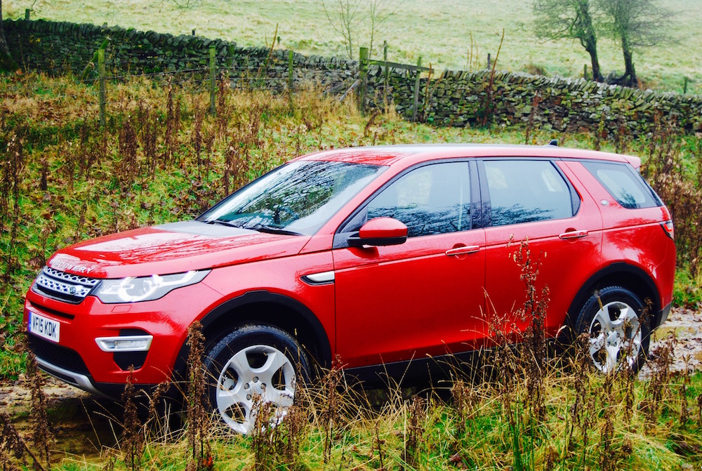 Discovery Sport side red