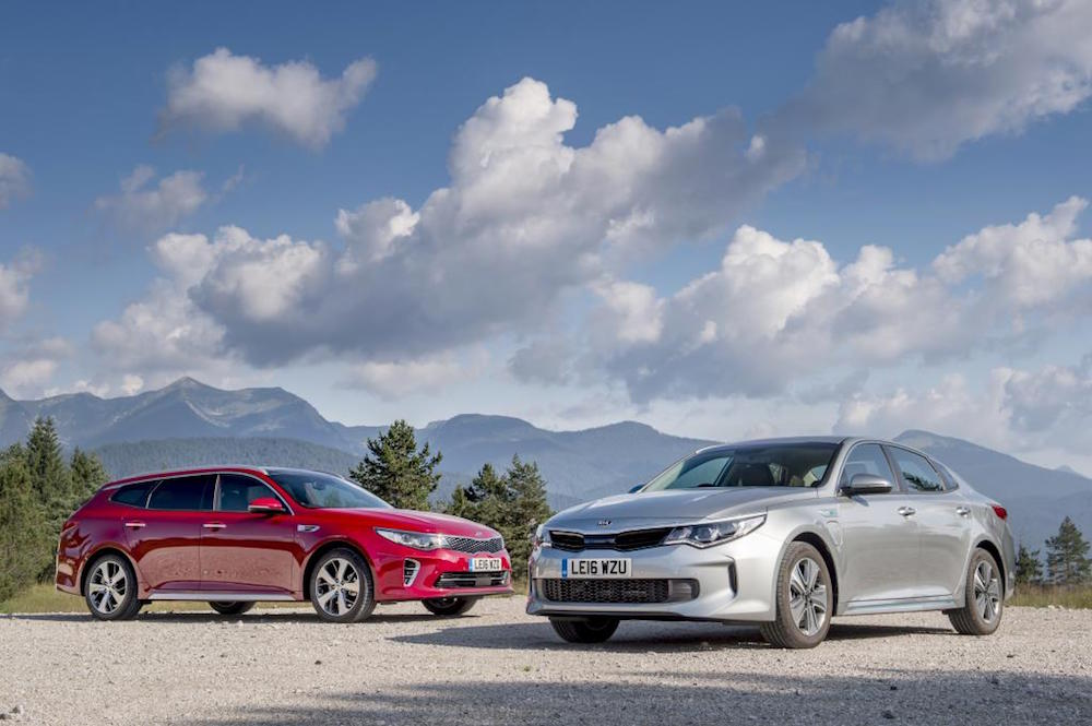 New KIA Optima SW & PHEV – First Drive Reviews