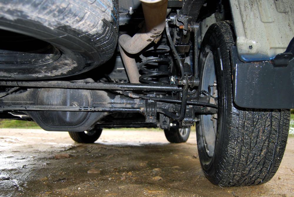 Nissan Navara rear suspension spring