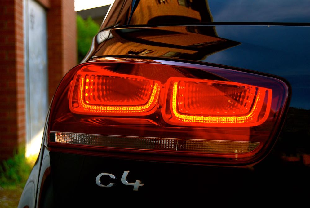 Citroen C4 Picasso rear light