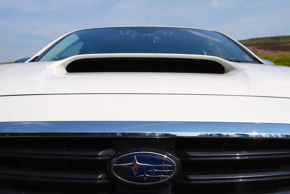 Subaru Levorg GT bonnet scoop