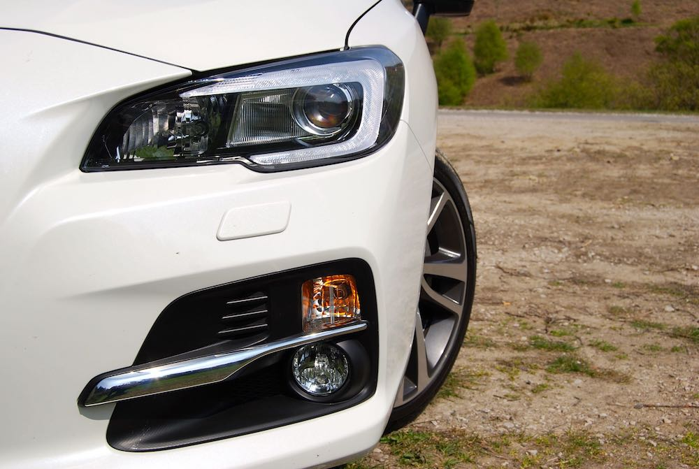Subaru Levorg GT white headlight