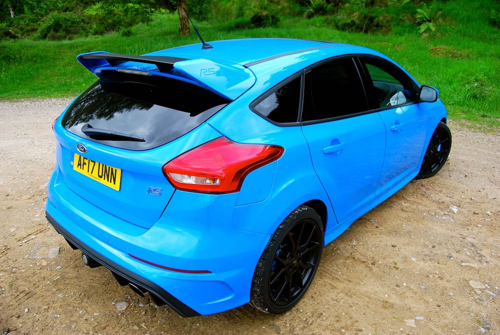 Ford Focus RS Nitrous Blue rear side