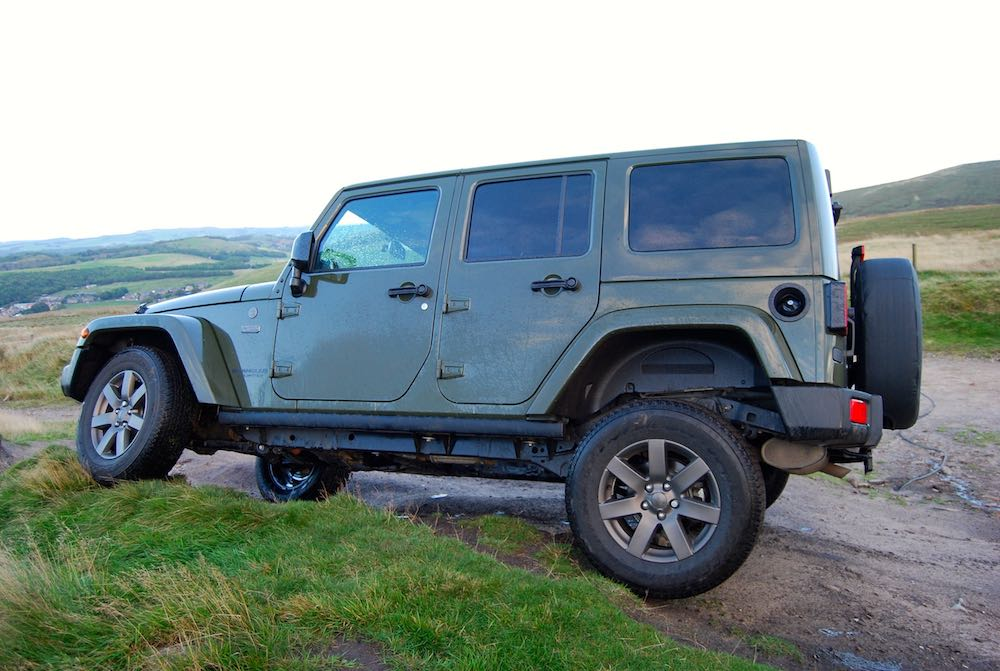 Jeep Wrangler 75th green side
