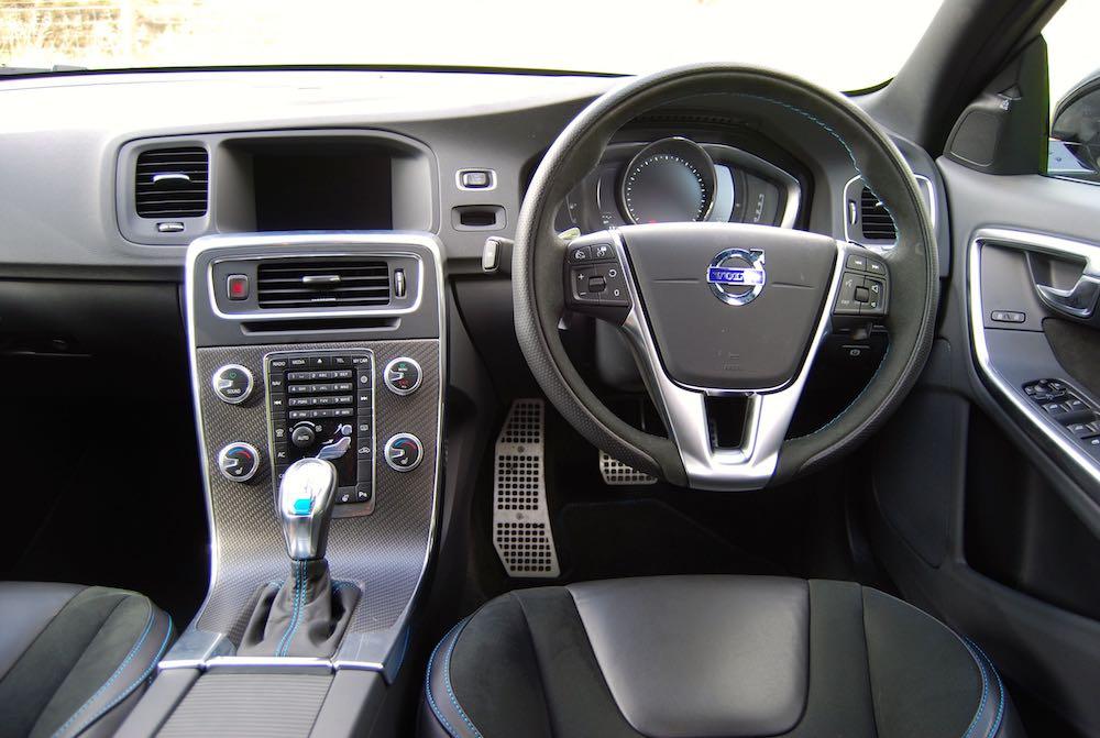 Volvo V60 Polestar cabin