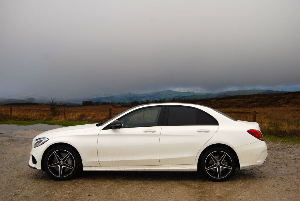 mercedes c-class white side