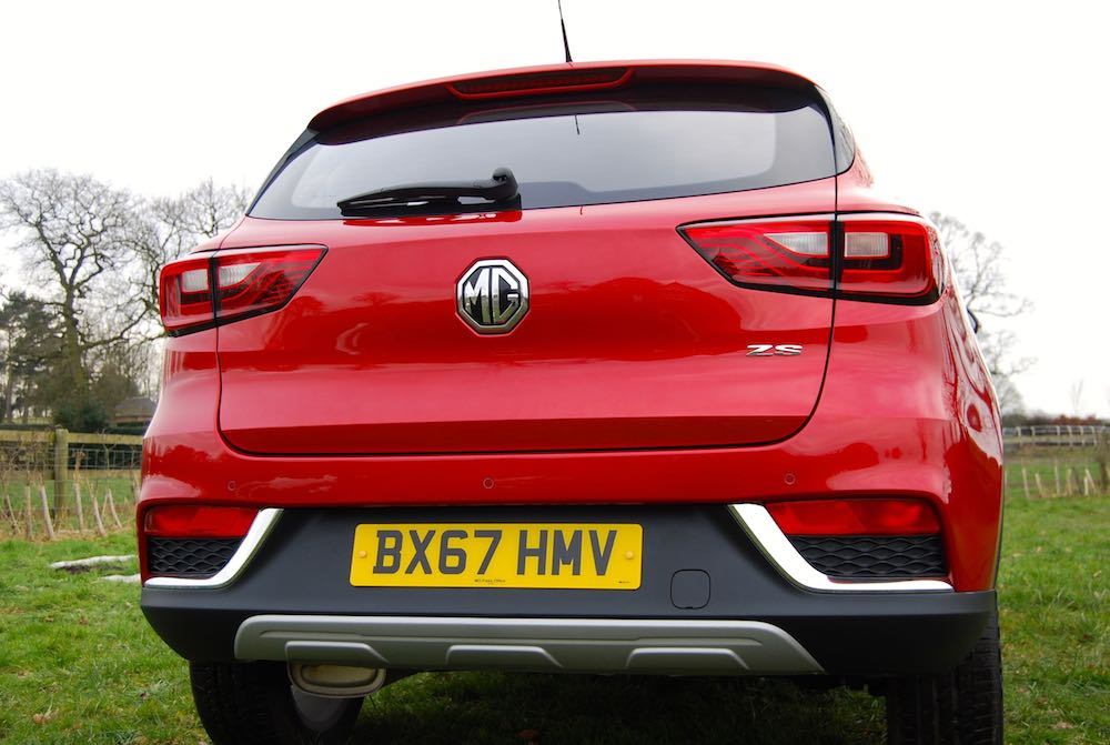 mg zs rear red