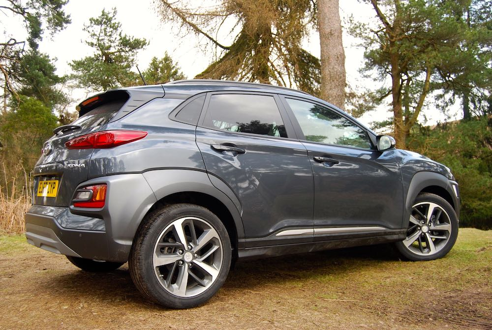 hyundai kona grey rear side