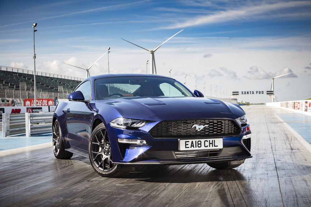 2018 Ford Mustang blue front