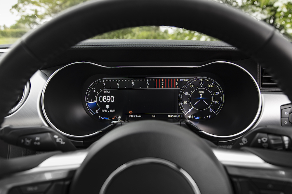 2018 Ford Mustang dials