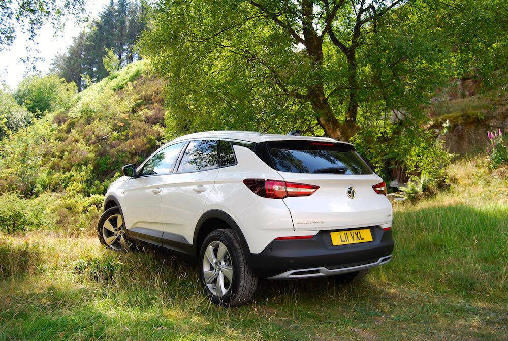 vauxhall grandland x white rear side