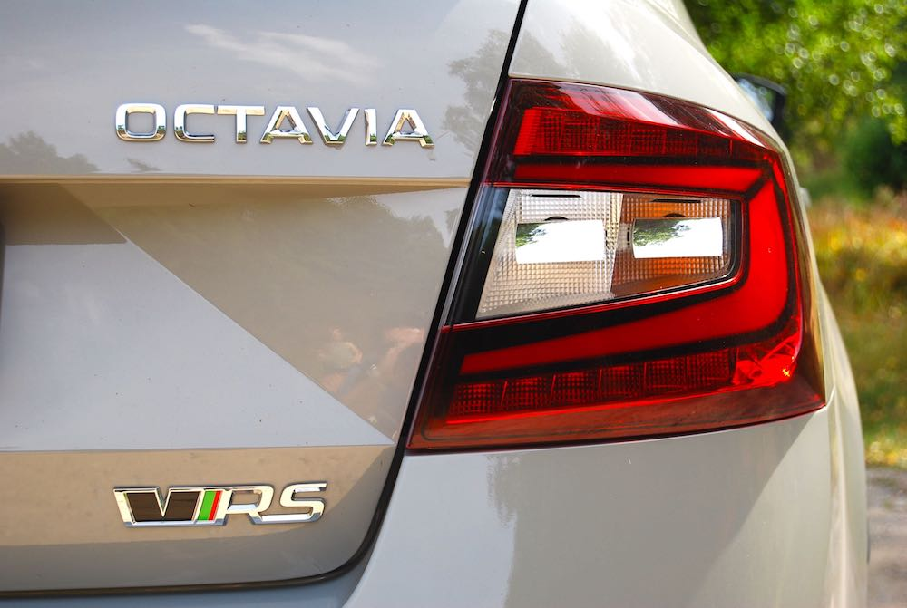 Skoda Octavia vRS 245 grey badge