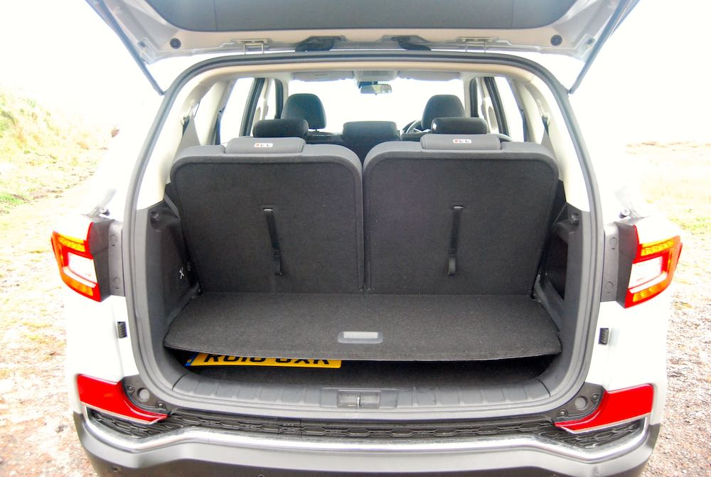 ssangyong rexton boot rear seats up review