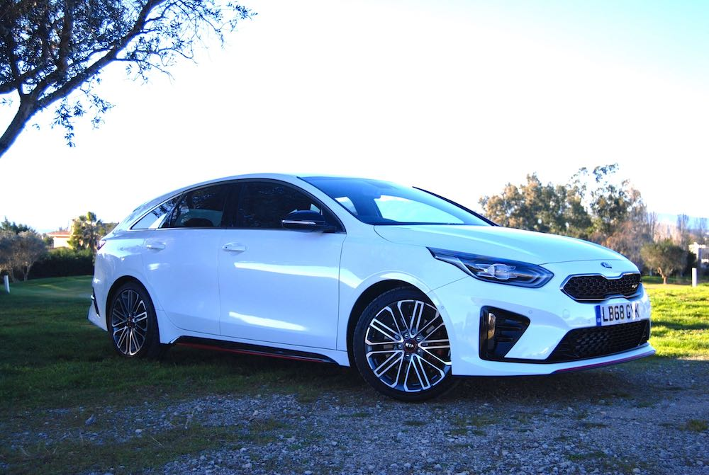 kia proceed gt white 2019 review roadtest