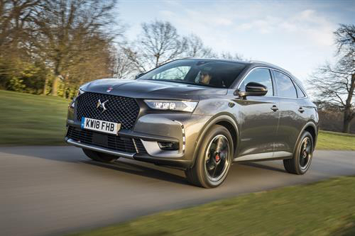 ds7 crossback performance line grey front side review roadtest