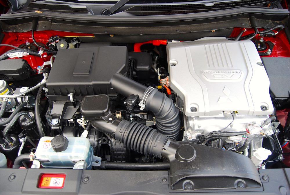 2019 mitsubishi outlander phev engine review roadtest