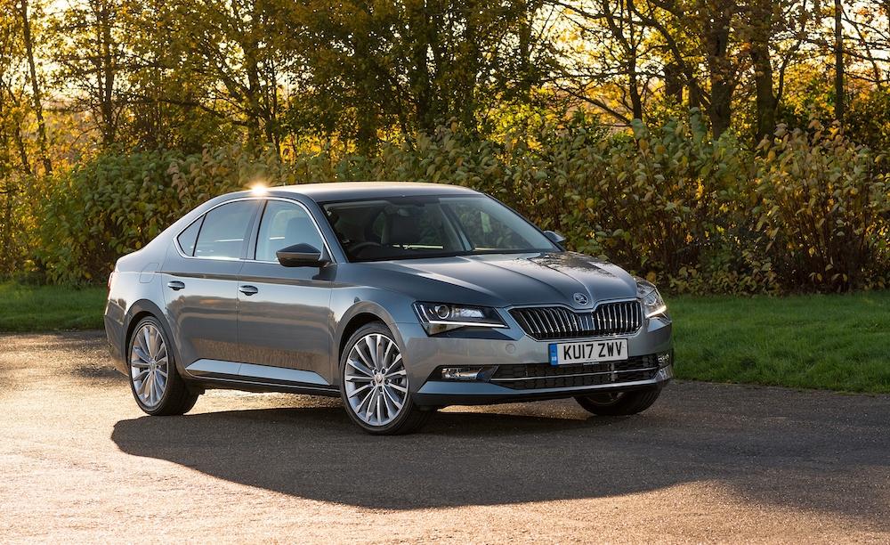 2019 skoda superb hatch grey front side review roadtest
