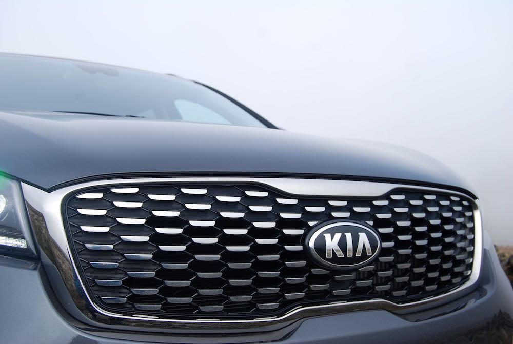 2019 kia sorento grille review roadtest