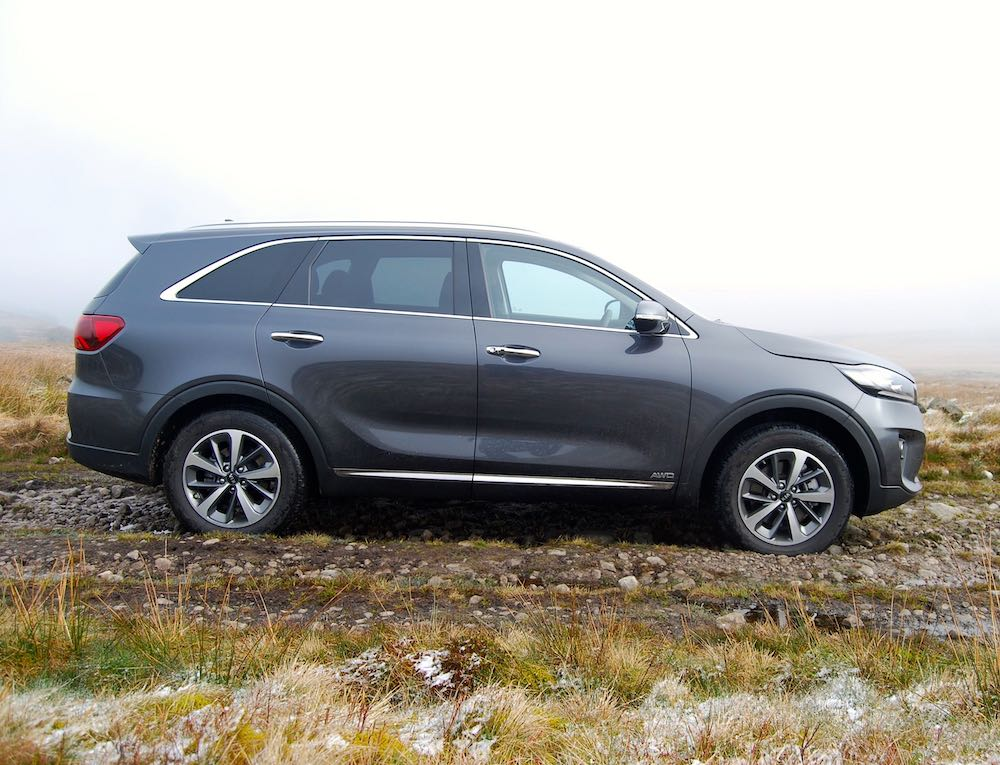 2019 kia sorento side grey review roadtest