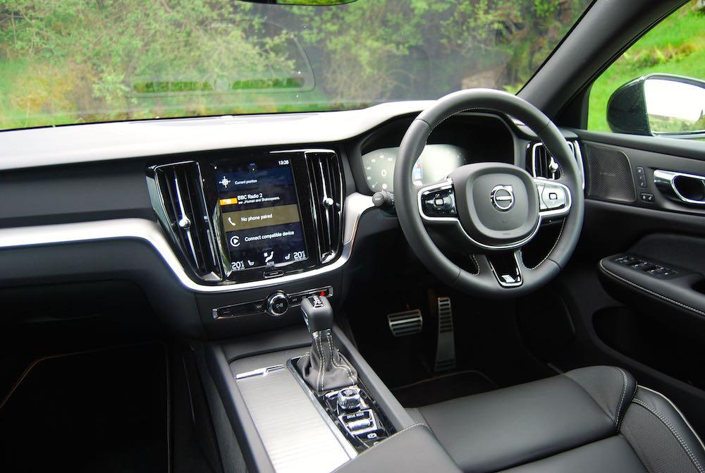 2019 volvo v60 r design interior cabin review roadtest