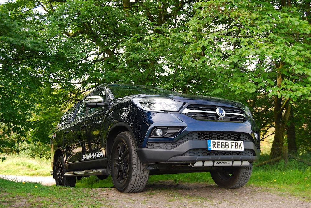 2019 SsangYong Musso Saracen Blue uphill low Review Roadtest