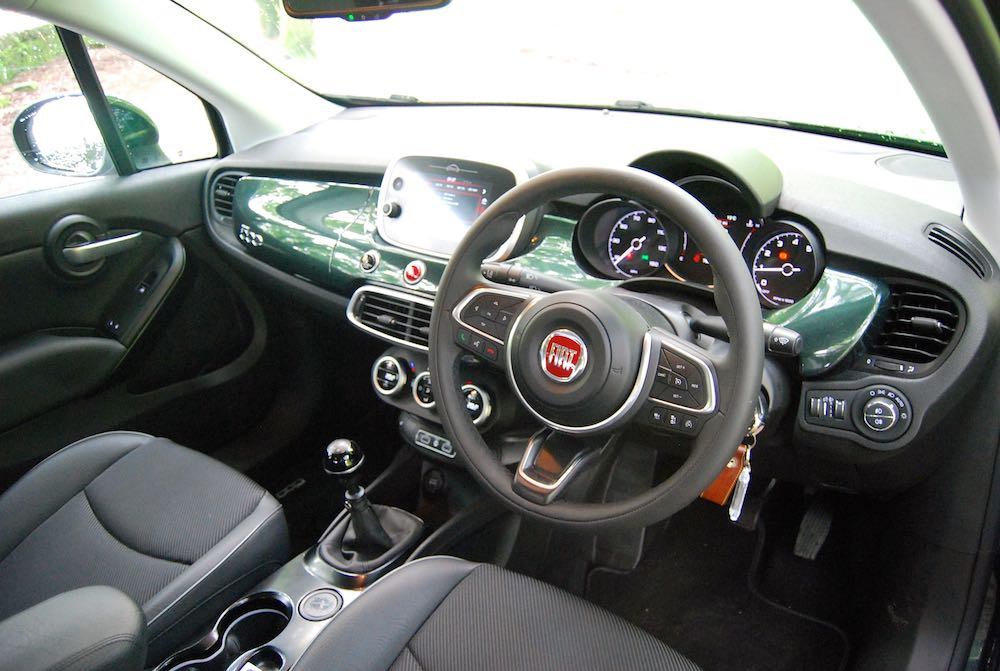 2019 fiat 500x cross interior cabin review roadtest