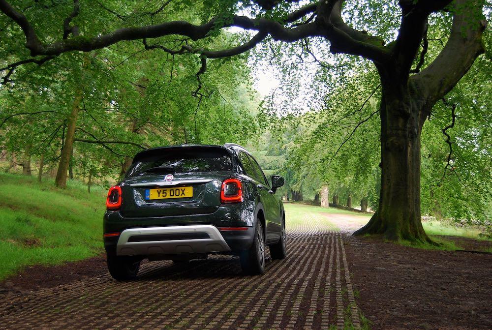 2019 fiat 500x cross rear green review roadtest