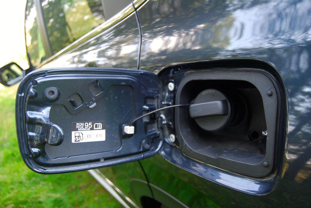 2019 honda cr-v fuel cap petrol review roadtest
