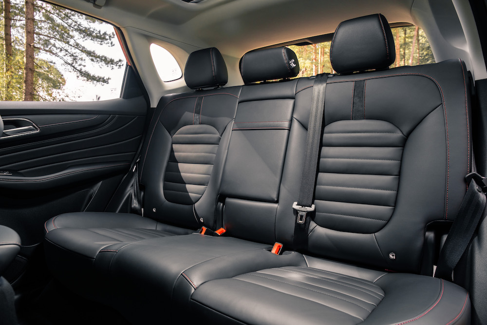 mg hs rear seats review roadtest