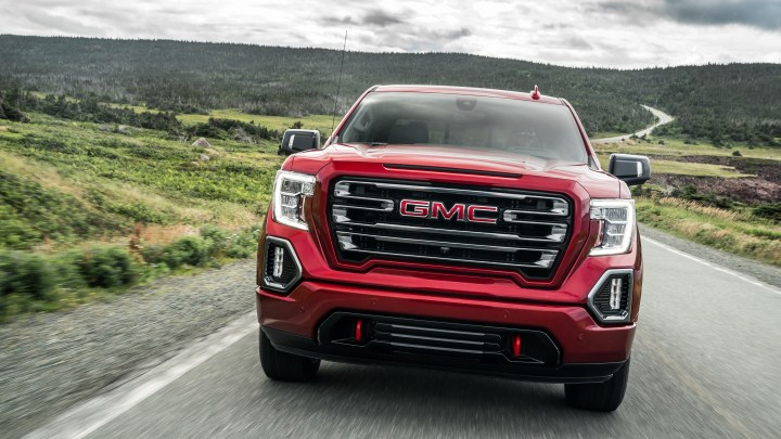 5 Best Half-Ton Trucks for Towing RV Trailers
