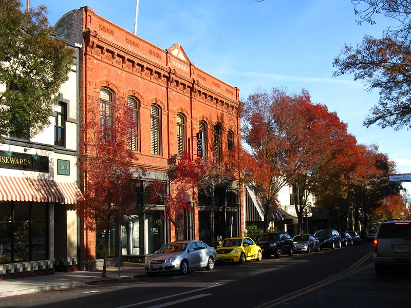 small towns in california st helena