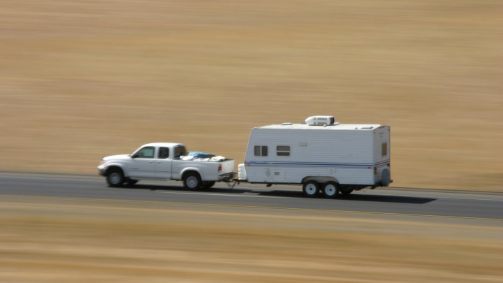 Should You Pass Other Vehicles When Towing?