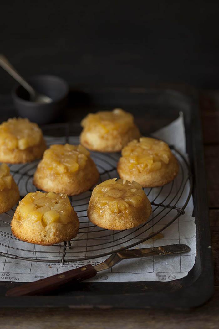 pineapple-cakes