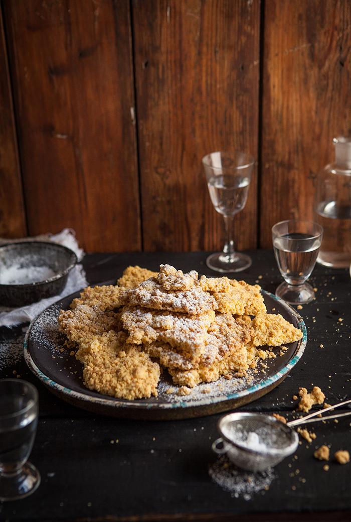 sbrisolona - a classic italian crumb cake