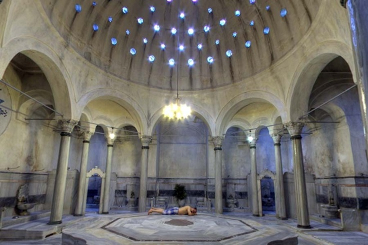 This image has an empty alt attribute; its file name is hammam.jpg
