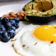 Blueberries, eggs and avocado