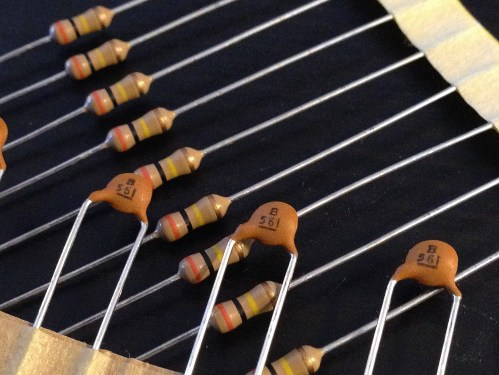small resolution of as a reference resource i have collected the treble bleed capacitor and resistor combinations recommended by many major guitar pickup manufacturers and