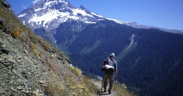 Hiking-640x337