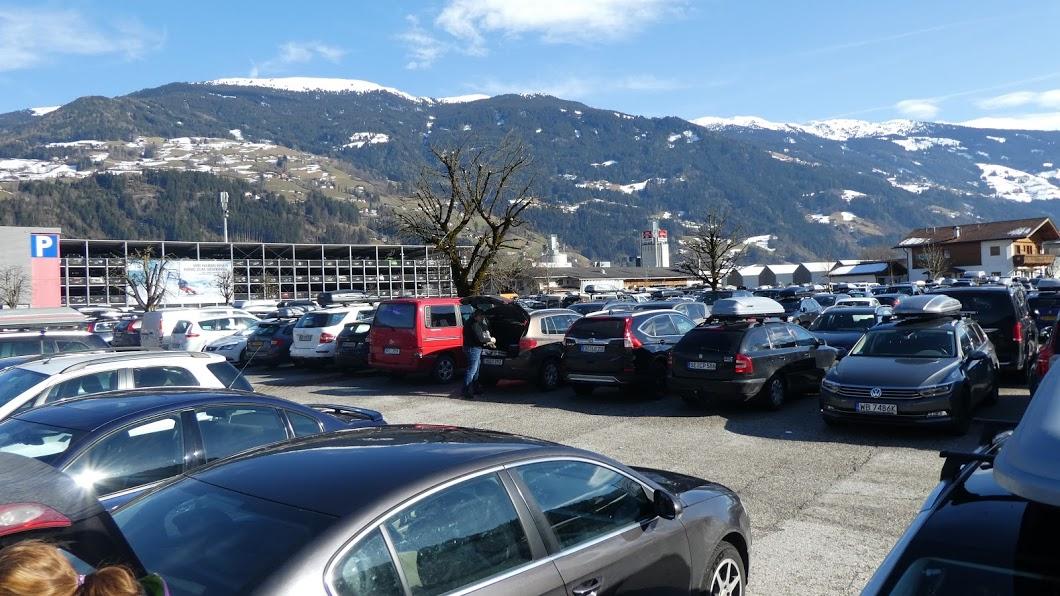 Parkeringsplads Kaltenbach skiferie
