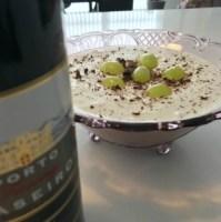 opskrift fromage med vindruer og chokolade chokoladestykker husblas opskrift