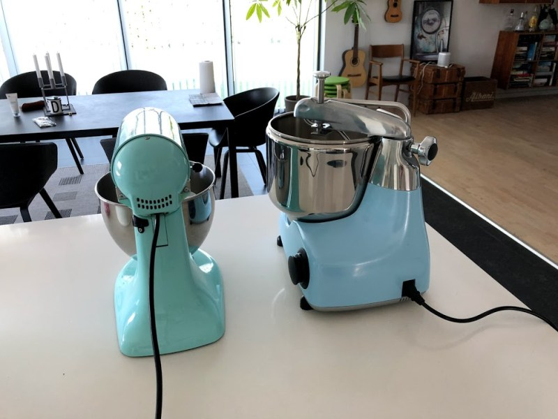 test af ankarsrum assistent anmeldelse ankersrum assistenten køkkenmaskine røremaskine dejrøre er den god ekstraudstyr køb